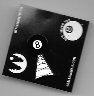 8 Ball Radio Pin