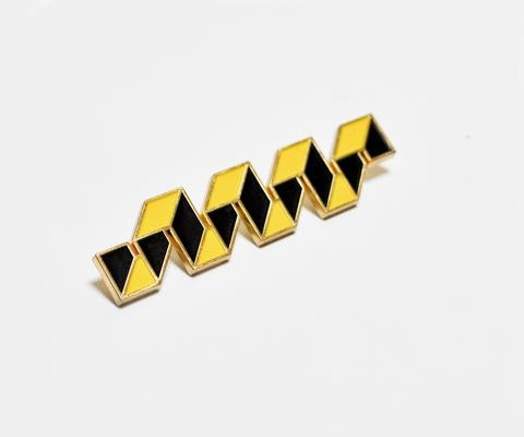Ribbon Fret (Black and Yellow) Pin