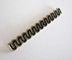 Wiggle Black Pin